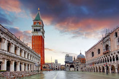 Piazza San Marco at dawn on a cloudy morning Royalty Free Stock Photos