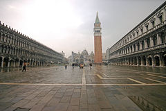 Piazza San Marco (het Vierkant van de Tekens van Heilige) Royalty-vrije Stock Foto's