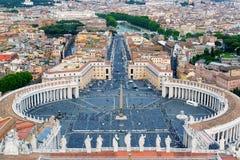Piazza San Pietro in de Stad van Vatikaan, Rome Royalty-vrije Stock Foto