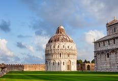 Piazzadei Miracoli aka Piazza del Duomo i Pisa Tuscany Italien Fotografering för Bildbyråer
