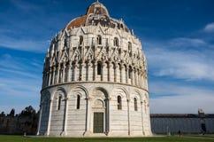 Piazzadei Miracoli på Pisa Arkivbild