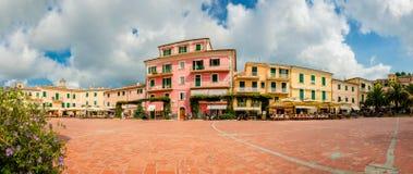 PiazzaElba ö - Porto Azzurro Fotografering för Bildbyråer