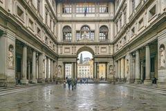 Piazzale Degli Uffizi, Florence, Italië royalty-vrije stock afbeeldingen