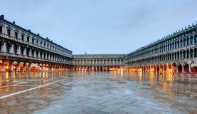 PiazzaSan Marco San Marco fyrkant Venedig Italien Arkivfoto