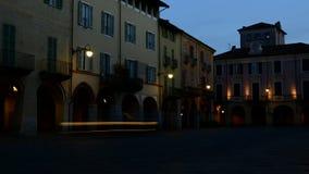 Piazzo Biella, Piemonte, Italië - een straat van de oude stad stock video