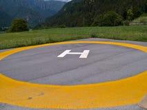 Piazzola di eliporto del cuscinetto di atterraggio dell'elicottero Fotografie Stock