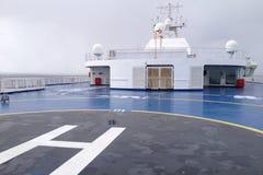 Piazzola di eliporto su una nave immagine stock libera da diritti