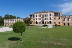 Piazzola sul Brenta (Padova, Veneto, Italien), villa Contarini som är hög Arkivbilder