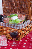 Pic-nic basket Royalty Free Stock Photography
