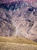 PIC vertical do Hornocal a montanha de 14 cores em Humahuaca, ao noroeste de Argentina imagens de stock