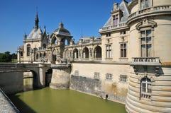 Picardie, het schilderachtige kasteel van Chantilly in Oise Royalty-vrije Stock Foto