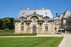 Picardie, het schilderachtige kasteel van Chantilly in Oise Stock Afbeelding
