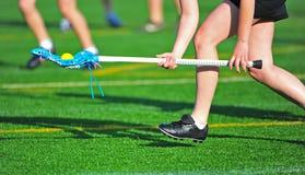 Picareta da esfera de lacrosse das meninas Imagens de Stock Royalty Free
