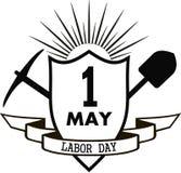 Picareta e pá do Dia do Trabalhador Imagens de Stock