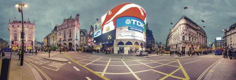 Piccadilly circus in London at night Royalty Free Stock Photos