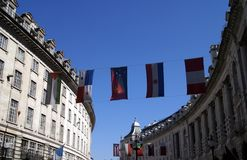 Piccadilly embandeira a decoração em Londres, Inglaterra Fotos de Stock
