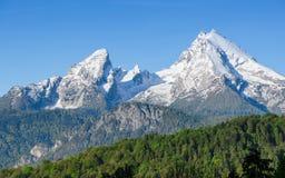 Picchi del supporto di Snowy della cresta della montagna di Watzmann in alpi bavaresi Fotografia Stock