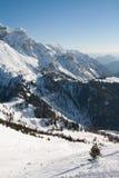 Picchi di alta montagna con neve Fotografie Stock