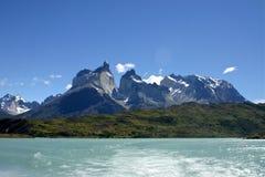 Picchi di montagna di Torres del paine Fotografie Stock Libere da Diritti