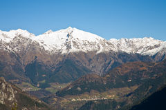 Picchi di Snowy Fotografie Stock
