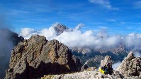 Picchi di Tre Cime di Lavaredo, montagne delle alpi di Dolomit Fotografia Stock