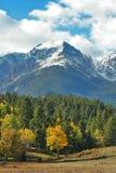 Picchi nevosi di autunno Fotografia Stock Libera da Diritti