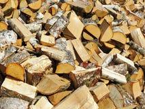 Picchiettio della legna da ardere fotografie stock