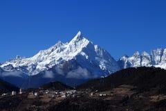 Picco del demone, montagna della neve di Meili, Deqin, il Yunnan, Cina immagine stock libera da diritti
