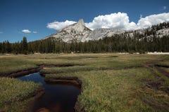 Picco della cattedrale, sosta nazionale del Yosemite Fotografia Stock Libera da Diritti