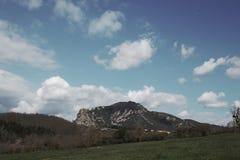 Picco di Bugarach nel Corbieres, Francia fotografia stock