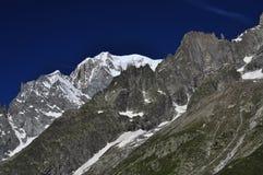 Picco di Mont Blanc, lato italiano delle alpi Cresta alpina Fotografia Stock Libera da Diritti