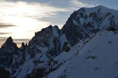 Picco di Mont Blanc sul lato di tramonto, delle alpi italiane e francesi, Italia Immagine Stock Libera da Diritti