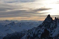 Picco di Mont Blanc sul lato di tramonto, delle alpi italiane e francesi, Italia Fotografia Stock