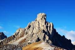 Picco di montagna di Dolomiti dell'italiano nella provincia di Belluno Immagini Stock