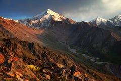 Picco di montagna di Hight fotografie stock libere da diritti