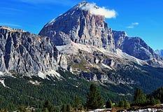 Picco di montagna di Tofana di Rozes in dolomia Fotografia Stock Libera da Diritti