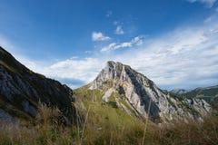 Picco di montagna illuminato nelle alpi del Tirolo Fotografie Stock