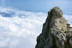 Picco di montagna sopra le nuvole Immagine Stock Libera da Diritti