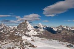 Picco ed alpi del Cervino vicino a Zermatt Fotografia Stock Libera da Diritti