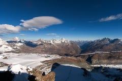Picco ed alpi del Cervino vicino a Zermatt Immagine Stock Libera da Diritti