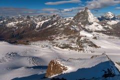 Picco ed alpi del Cervino vicino a Zermatt Immagini Stock