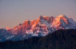 Picco placcato della neve in Himalaya Immagine Stock