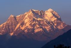 Picco placcato della neve in Himalaya Fotografia Stock Libera da Diritti