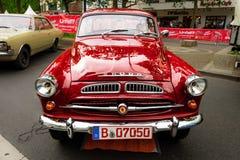 Piccola automobile di famiglia Skoda S440, 1958 Immagini Stock