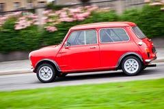 Piccola automobile rossa Fotografia Stock Libera da Diritti
