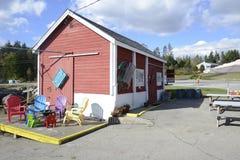 Piccola baracca dell'aragosta in Maine costiero Fotografia Stock Libera da Diritti