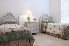 Piccola camera da letto Fotografie Stock
