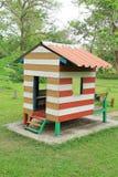 Piccola capanna nel campo da gioco per bambini Fotografia Stock Libera da Diritti