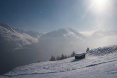 Piccola capanna nelle alpi Fotografia Stock Libera da Diritti