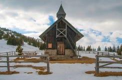 Piccola cappella di legno Immagini Stock Libere da Diritti